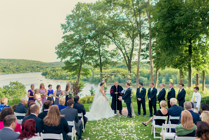 celebrity-wedding 040 (Sides 79-80)