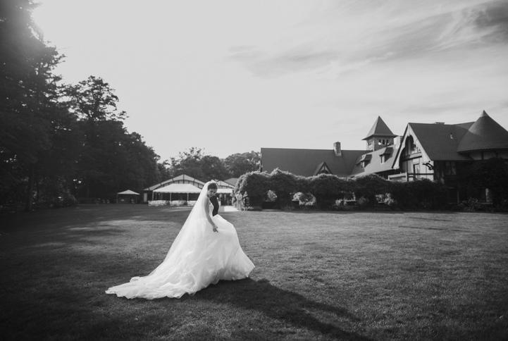celebrity-wedding 050 (Sides 99-100)