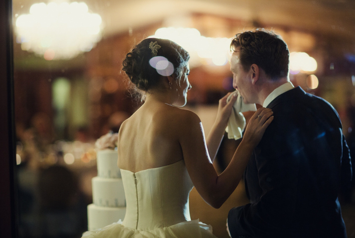 celebrity-wedding 080 (Sides 159-160)