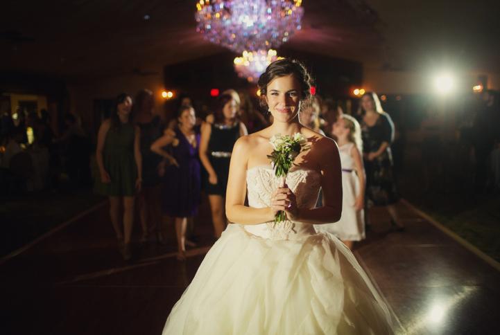 celebrity-wedding 081 (Sides 161-162)