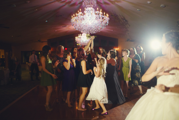 celebrity-wedding 082 (Sides 163-164)