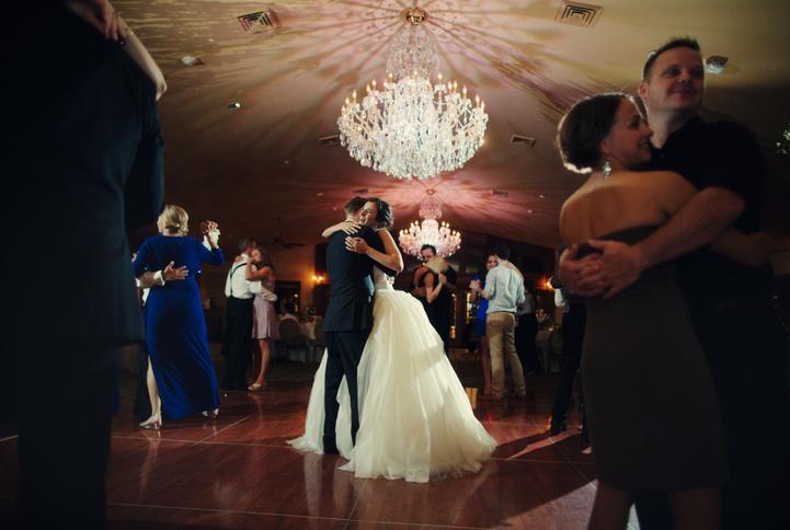 celebrity-wedding 084 (Sides 167-168)