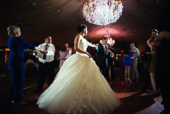 celebrity-wedding 085 (Sides 169-170)